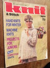 VINTAGE KNITTING PATTERN MAGAZINE KNIT & STITCH 1985 WINTER HAND MACHINE KNITS